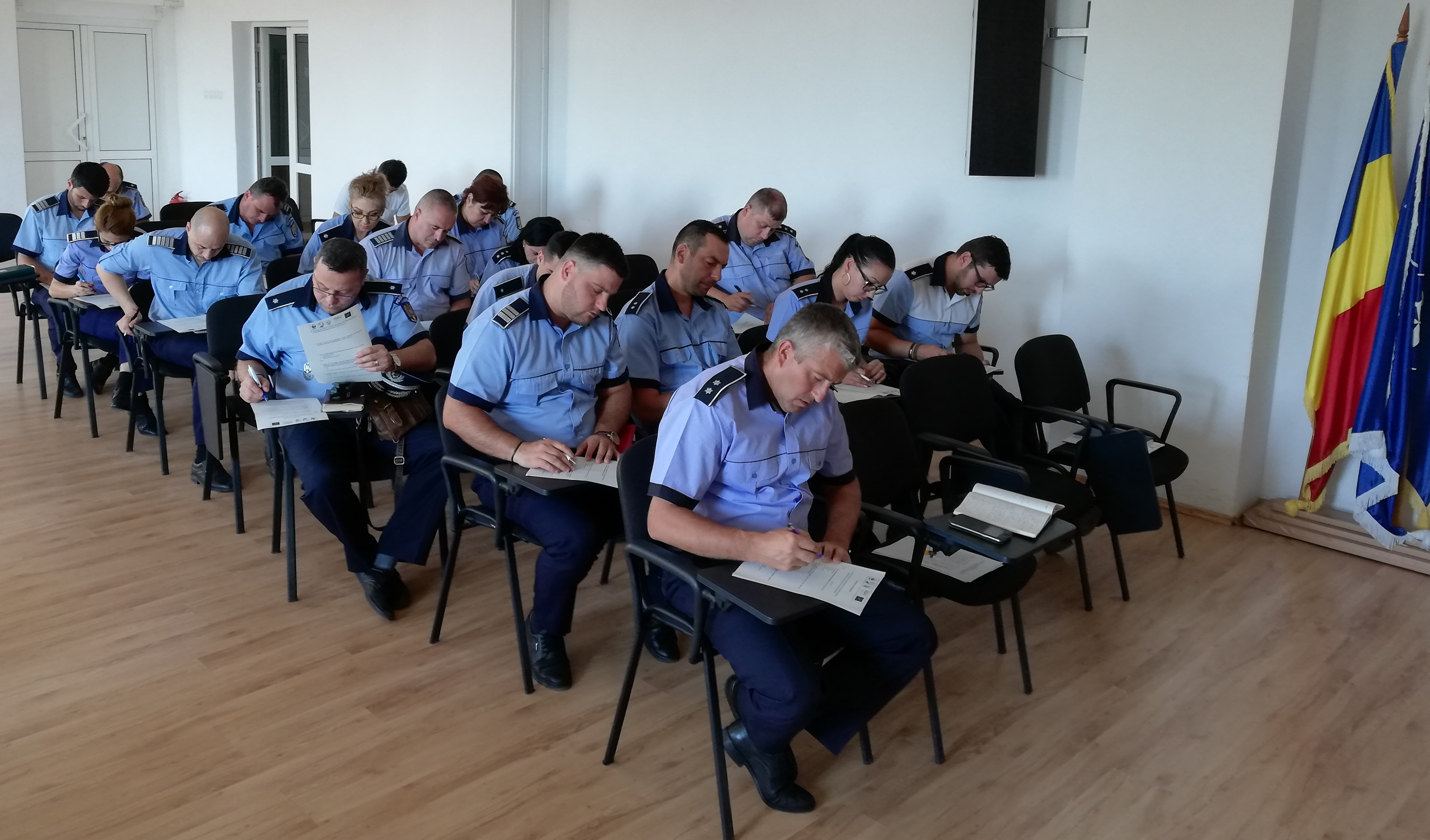 More Than 200 Romanian Law Enforcement Officials Trained How to Detect Illegal Trade in Sturgeons